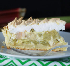 Rhubarb meringue pie 1