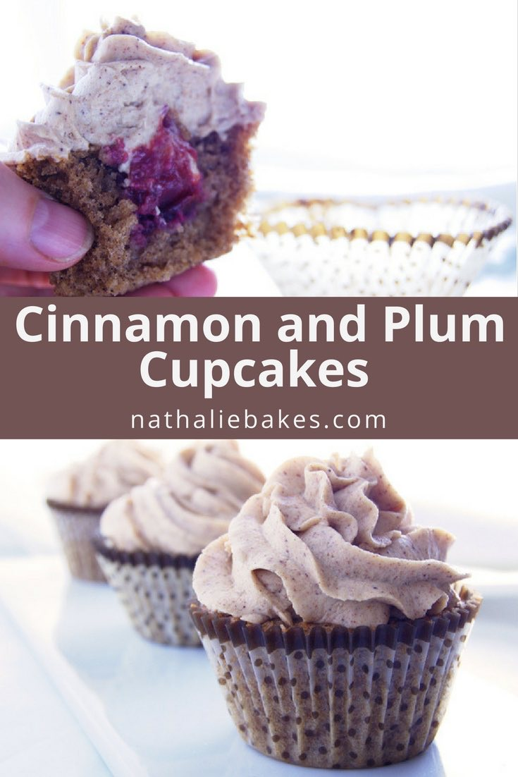 These cinnamon cupcakes are filled with stewed plums and topped with a delicious cinnamon cream cheese frosting. An essential recipe for cinnamon lovers!| nathaliebakes.com