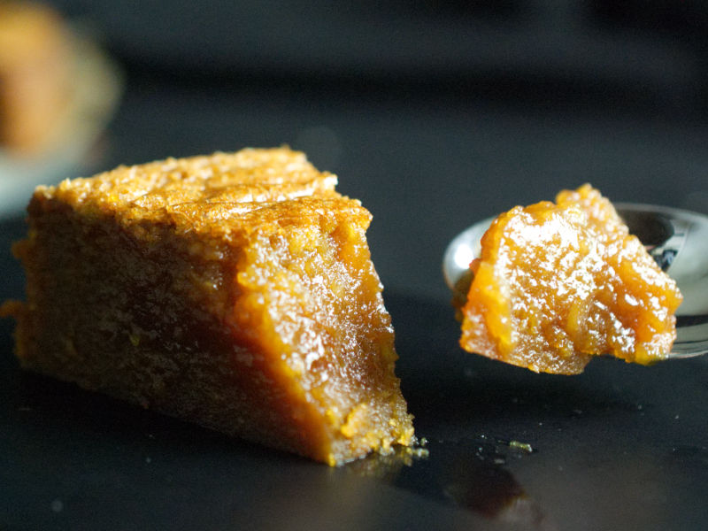 salted caramel cake slice